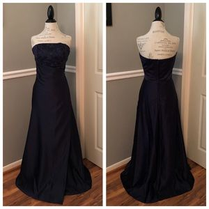 NEW MORI LEE NAVY SATIN STRAPLESS BALL GOWN